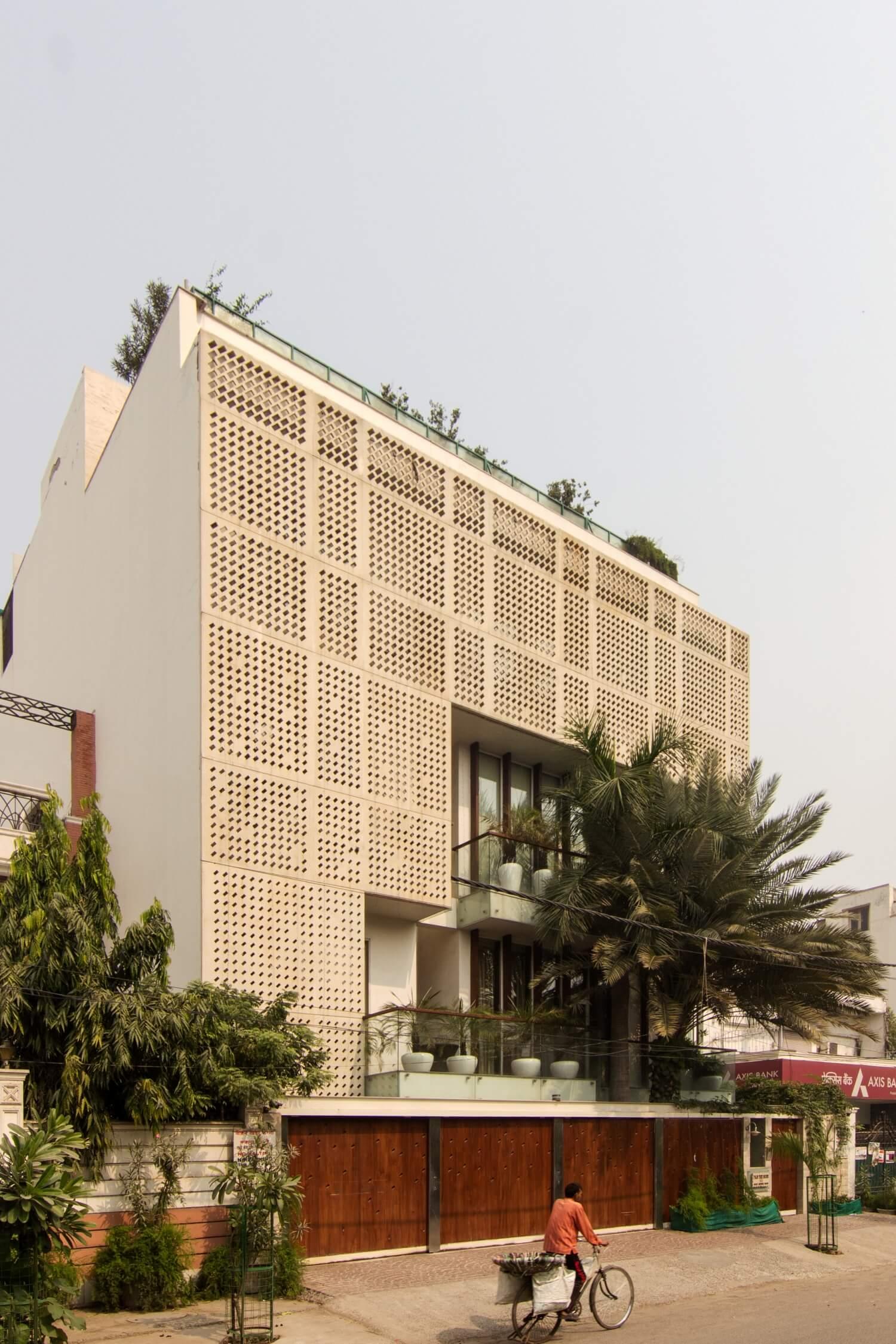 gheek-residence-punjabi-bagh (1)